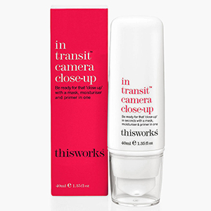 This Works In Transit Skin Defence SPF30 kopen bij Cosmania.