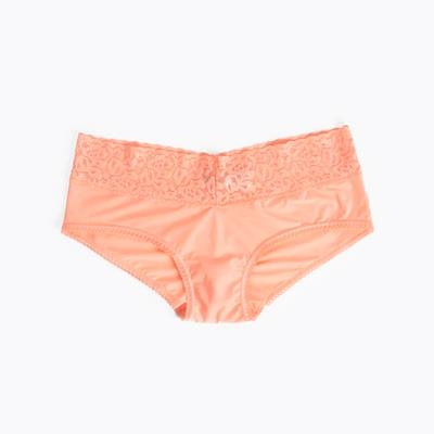 Daisy Short Blush