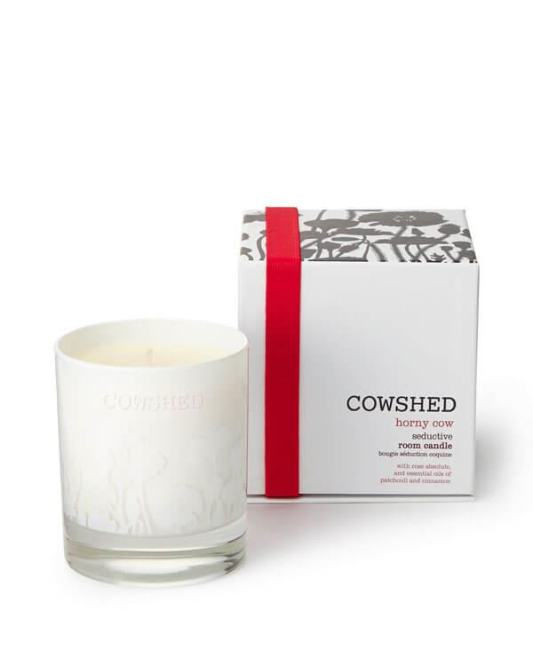 Cowshed - Horny Cow Seductive Room Candle - 235 gr