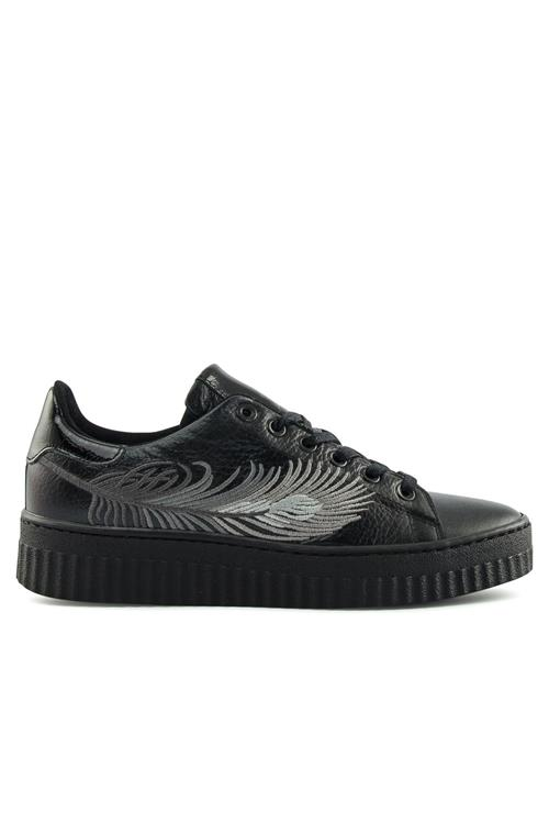 Feather sneaker leer