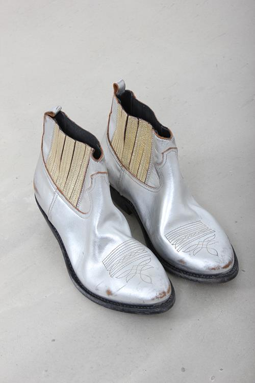 515c451db3cb2 Webshop Kim Werner - Golden Goose Deluxe Brand Boots Crosby Silver Gold