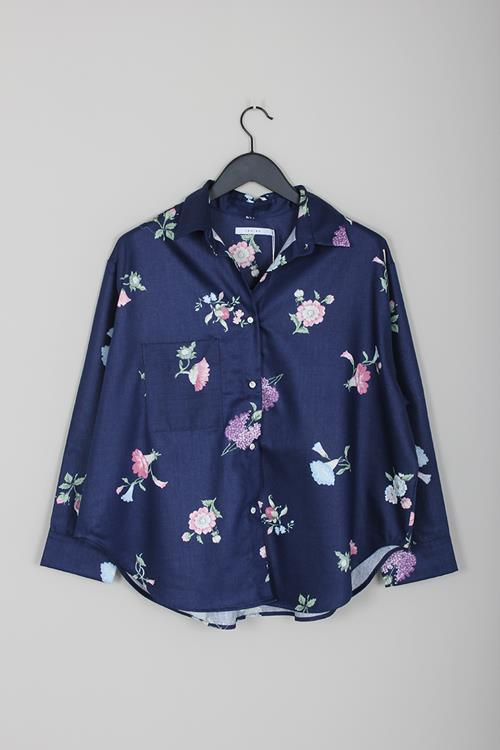 Priory cabb shirt navy floral