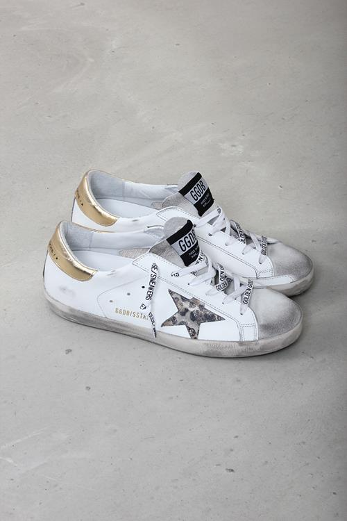 Golden Goose sneaker superstar white leather spotted star