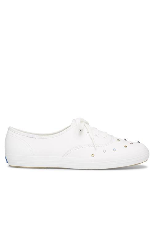 Ch Starlight Stud Leather White