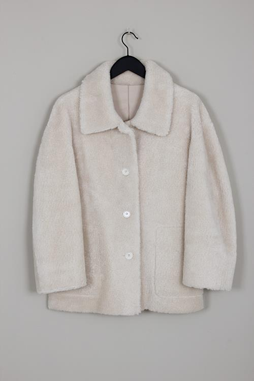 Amomento reversible shearling coat cream