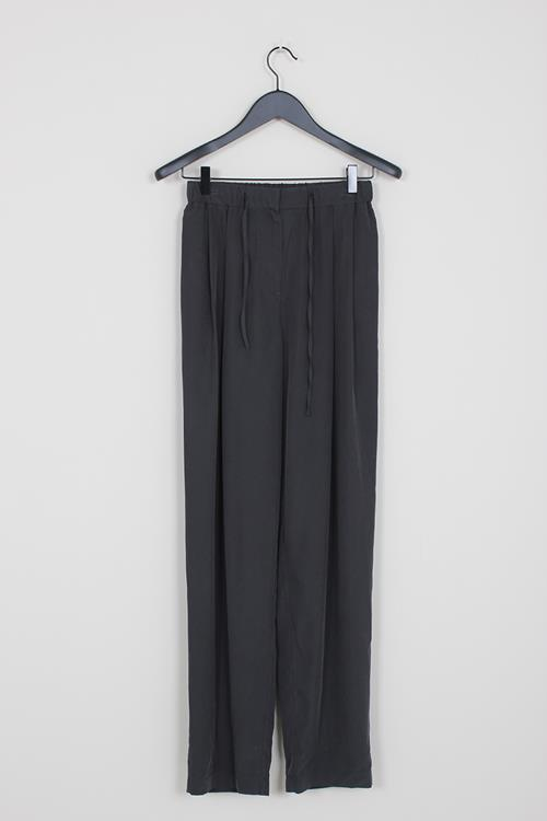 Amomento drawstring pants black