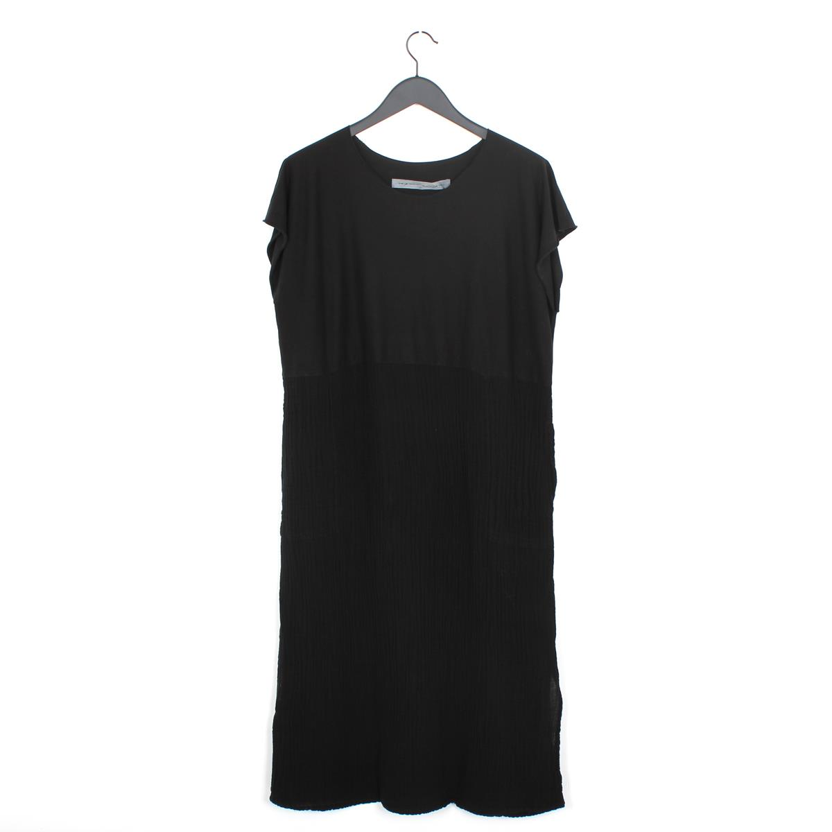 143781f371765 Raquel Allegra shift dress black. Zoom. Loading image.