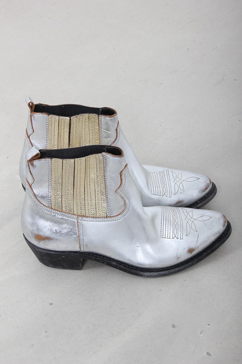 c9bb944871475 Golden Goose Deluxe Brand Boots Crosby Silver Gold