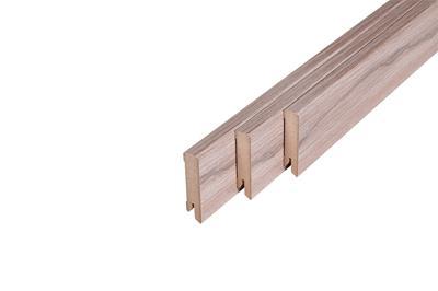 161 MDF Muurplint Old Oak (15 x 60 mm. Lengte: 240 cm)