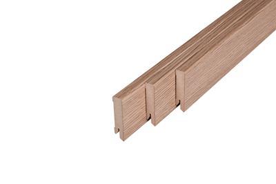 164 MDF Muurplint Strasbourg Oak (15 x 60 mm. Lengte: 240 cm)