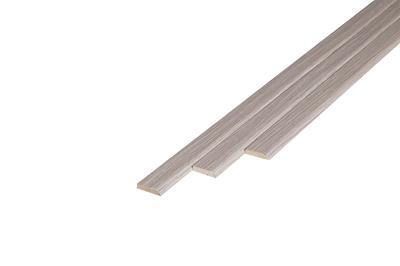 121 Plakplint Heritage Oak (5 x 24 mm. Lengte: 240 cm)
