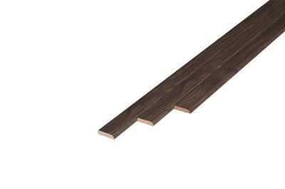 169 Plakplint Shire Oak (5 x 24 mm. Lengte: 240 cm)