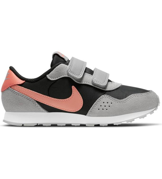Nike MD Valiant Sneakers Y