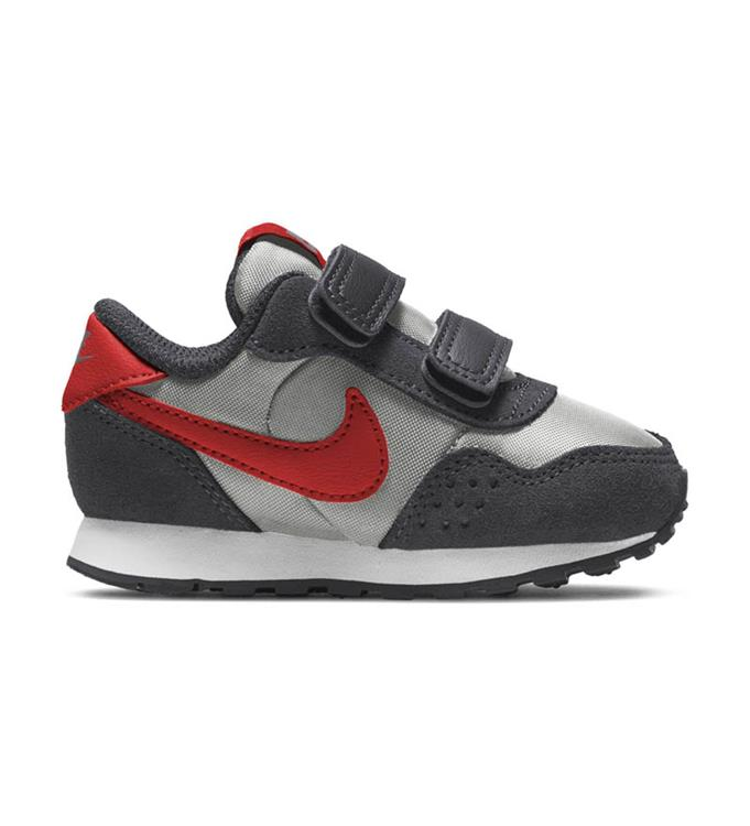 Nike MD Valiant Sneakers Y