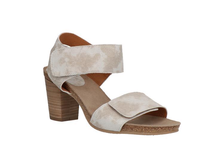 Aqa-shoes a7780