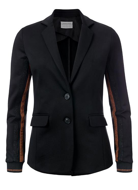 Summum Blazer Sporty Suiting.